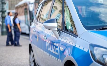 Descoperirea polițiștilor în mașina a doi români, în Germania