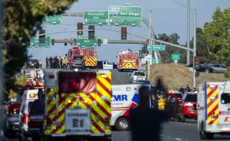 Schimb e focuri pe o autostradă din California