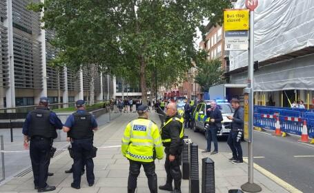 Bărbat înjunghiat în faţa Ministerului de Interne de la Londra