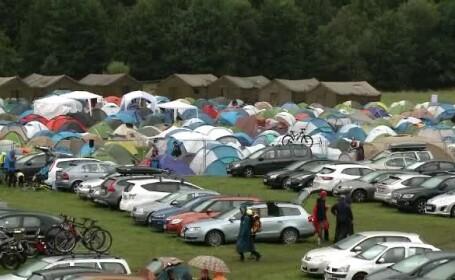 """Festival de muzică folk și rock la munte. Turistă: """"Distracție până la capăt"""""""