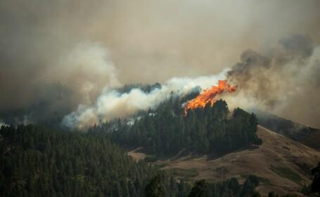9.000 de oameni evacuați în Gran Canaria, din cauza incendiilor. 11 șosele au fost închise