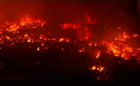 Un incendiu uriaș a mistuit mii de locuințe improvizate în Bangladesh