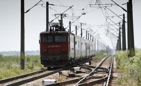 """O locomotivă a luat foc în Cluj. """"În vagoane au fost circa 20 de pasageri"""""""