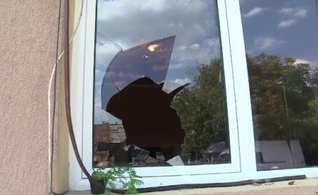 Jaf urmat de un incendiu în Dâmbovița. Hoții au reușit să fugă cu 150.000 de lei