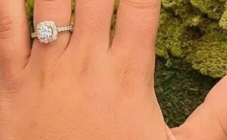 A vrut să se laude cu inelul de logodnă, dar un detaliu apărut în poză a stârnit controverse