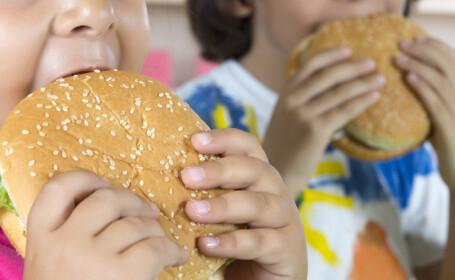 Motivul neaşteptat pentru care copiii care mănâncă fast-food răcesc mai uşor