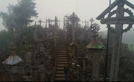 Dealul cu 200.000 de cruci