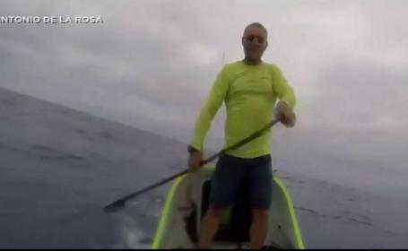 Un spaniol a parcurs 4.000 de kilometri cu o barcă similară unui submarin