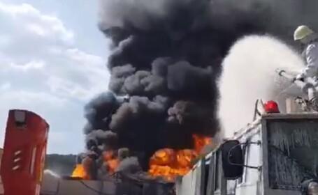 Fum toxic în Vâlcea după o explozie la o fabrică de vopseluri