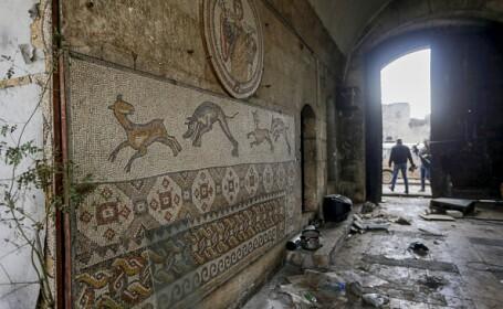 Un californian, suspectat că a importat ilegal un mozaic antic din Siria