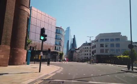 Londra, tot mai pustie