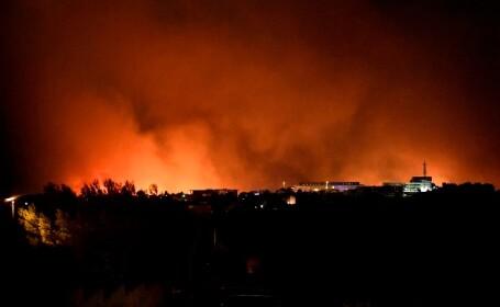 VIDEO. Incendiu de vegetație devastator pe Coasta de Azur. Peste 2.700 de persoane evacuate
