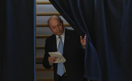 PMP începe strângerea de semnături pentru candidatura lui Traian Băsescu la Primăria Capitalei