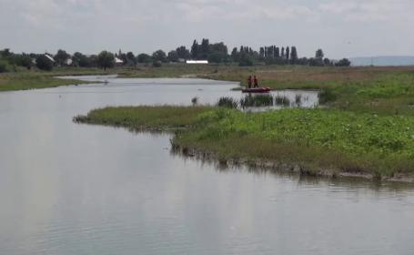 Bărbat de 57 de ani, găsit mort în râul Bistrița. Plecase la pescuit în urmă cu două zile