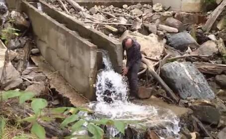 Organizațiile de mediu contestă legea prin care se pot ridica microhidrocentrale în albiile râurilor