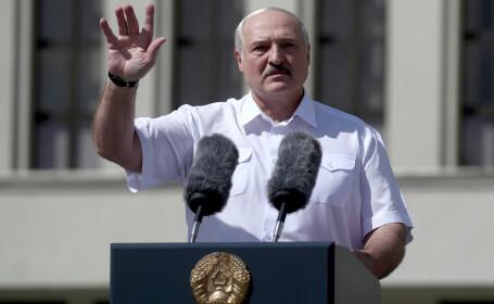 Lukașenko, huiduit într-un discurs ținut la Minsk. Când a spus președintele Belarusului că va pleca din funcție