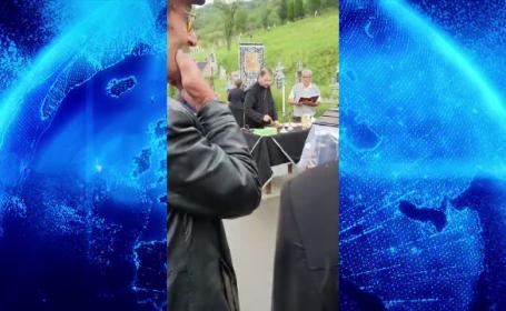 Un preot din Cluj a refuzat să înceapă o ceremonie funerară până când rudele decedatei nu i-au sărutat mâna