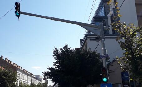 Autoritățile din Cluj-Napoca testează un sistem de radare fixe. Primul a fost deja montat