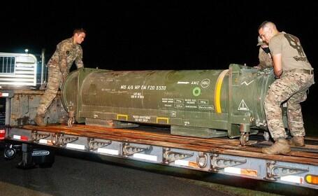 Aeroport din Florida evacuat după descoperirea unei rachete într-un container