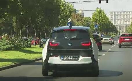 Românii, din ce în ce mai interesați de mașinile electrice. Câți bani primești de la stat pentru o astfel de mașină