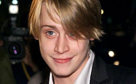 A murit sora lui Macaulay Culkin!