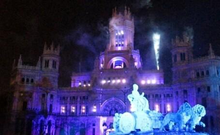 A nins cu fulgi de gaina deasupra Palatului Regal din Madrid!