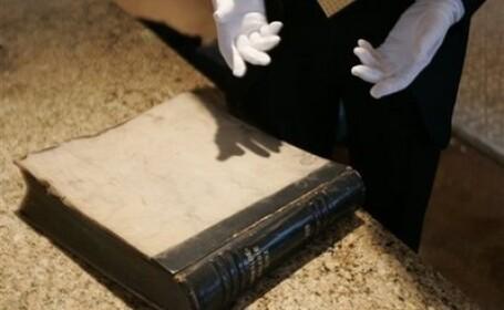 Un soldat american a pastrat un album al lui Adolf Hitler timp de 67 de ani