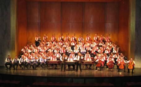 Orchestra celor 100 de tigani din Ungaria