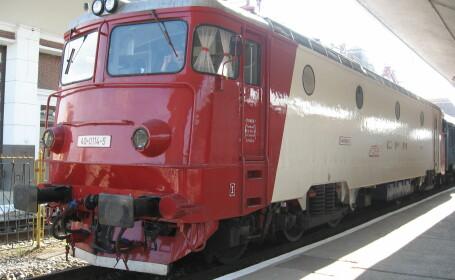 Trafic feroviar blocat intre Cluj si Oradea. Un TIR a cazut pe sine