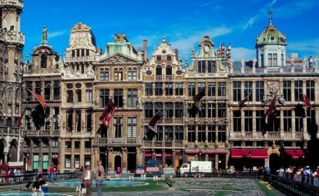 Moody\'s a scazut rating-ul Belgiei la \