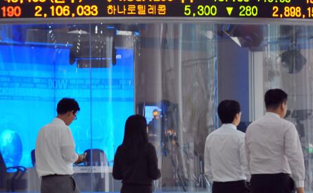 Moartea lui Kim Jong-il tulbura intreaga lume. Bursele asiatice si moneda coreeana s-au prabusit