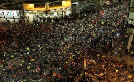 Protestul organizat de mii de biciclisti din Londra. Cum au blocat o intersectie