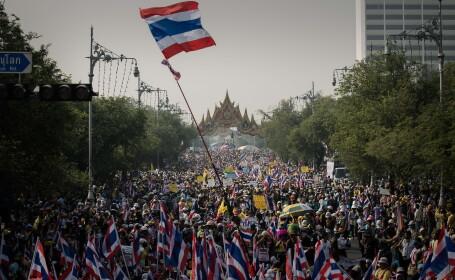 Revolta in Thailanda. Premierul dizolva Parlamentul, dar fara efect asupra manifestantilor