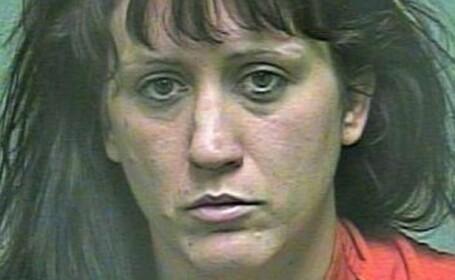 femeie inchisoare