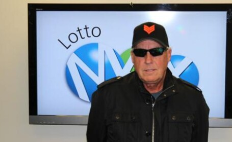 Ce decizie a luat barbatul care a castigat 40 mil. dolari la Loto. \