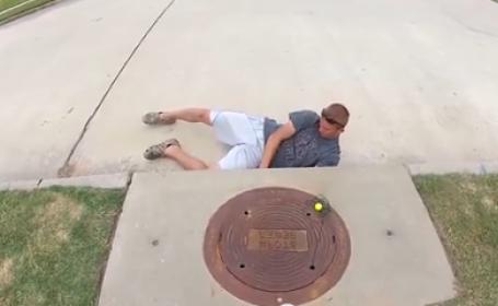 Noua moda de pescuit din SUA. Cele mai ciudate locuri in care tinerii americani prind peste. VIDEO