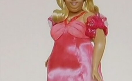 Firmele de jucarii ar putea sa produca papusi Barbie supraponderale. Cum a fost primita ideea