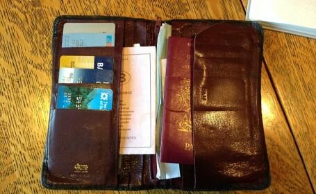 Britanicul care si-a recapatat portofelul, dupa ce l-a pierdut acum 18 ani. Ce s-a intamplat cu lucrurile din el