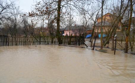 CODUL PORTOCALIU de inundatii, prelungit in 3 judete pana duminica la pranz. Cele mai grave probleme, in Teleorman si Giurgiu