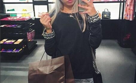 Tanara care a mostenit o avere si cheltuie 20.000 de euro/luna doar pe haine. Pozele cu care a atras atentia pe Instagram