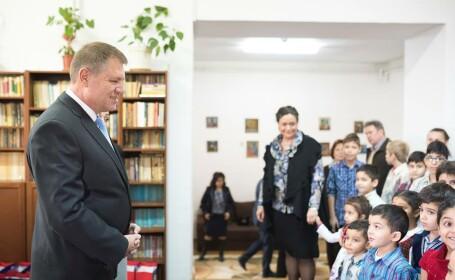 Iohannis si copiii orfani