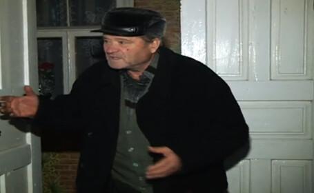batran din Moldova, atacat de hoti