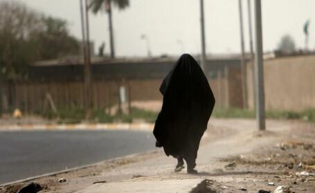 femeie musulmana, refugiata