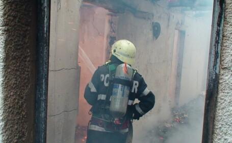 pompier, interventie incendiu
