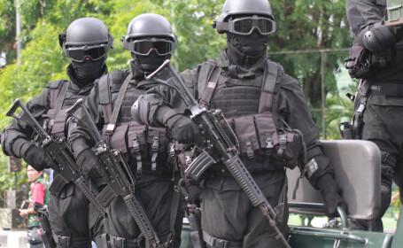 Un atentat sinucigas planificat pentru Anul Nou, dejucat de indonezieni. Cine se numara printre teroristii arestati