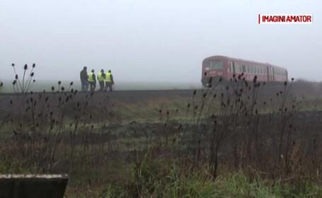 Alerta in Timis, dupa ce un tren a lovit un camion plin cu butelii. Pompierii au interzis accesul in zona