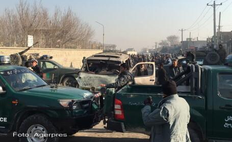 Un mort si 13 raniti intr-un atentat sinucigas langa aeroportul din Kabul. Talibanii au revendicat atacul pe Twitter