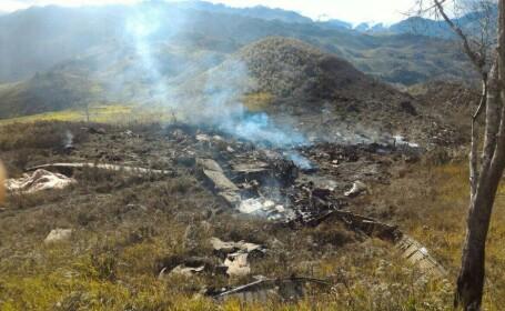 Un avion al armatei indoneziene s-a prabusit in muntii din Papua. Nu exista niciun supravietuitor
