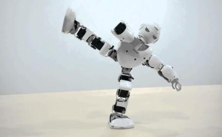 Robotul Alpha UBtech