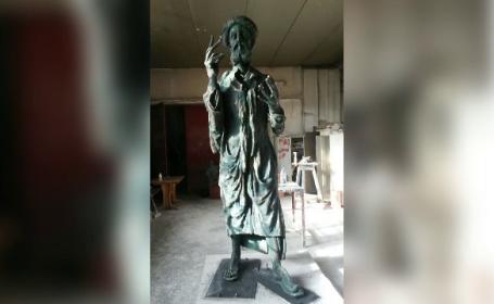 Bucurestiul se imbogateste cu doua statui impozante in 2017: vor costa aproape un milion de euro. Unde vor fi amplasate